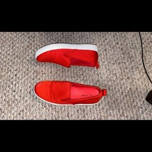 Red women loafers